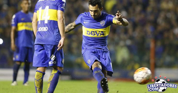Tevez comanda goelada do Boca Racing empata com Bolivar e avança