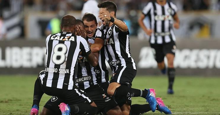 Botafogo faz 2 a 1