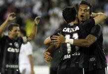 Botafogo empata Colo-Colo