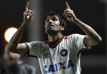 vitória do Atlético-PR